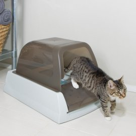 ScoopFree™ Ultra Enclosed Self-Cleaning Litter Box
